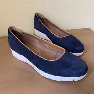 Size 7.5 CLARKS Artisan Navy Blue Suede Wedges